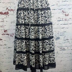 ALFRED DUNNER Long Black & White Skirt Women's 12